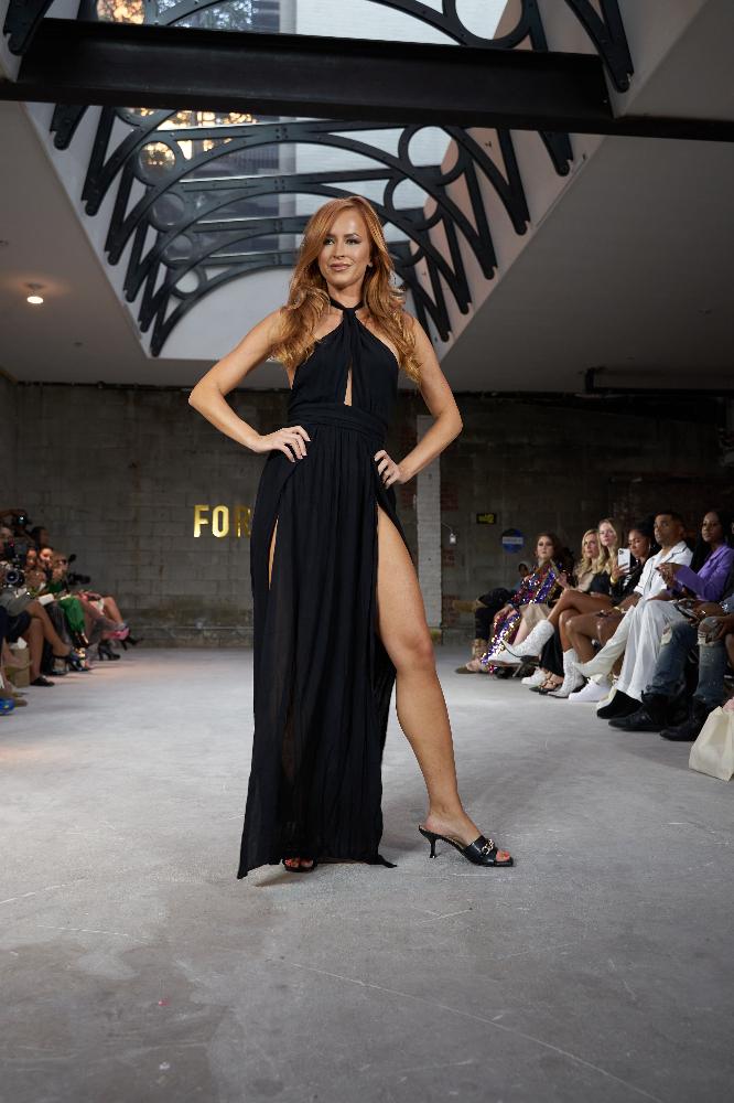 24Fashion TV Forever21 NYFW model Danielle Moinet 1631932630 jpg
