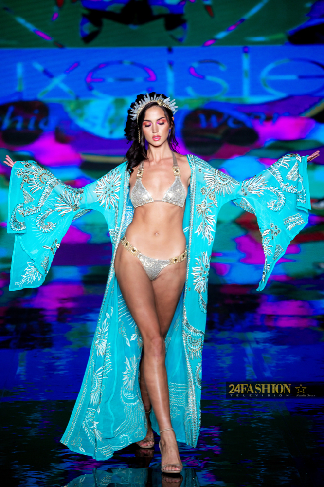 24Fashion TV LUXE ISLE Art Hearts Fashion 24Fashion TV Miami Swim Week Natalie SvorsIMG 0501 1627930711 jpg