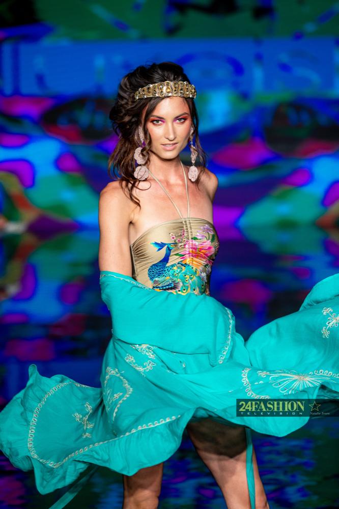 24Fashion TV LUXE ISLE Art Hearts Fashion 24Fashion TV Miami Swim Week Natalie SvorsIMG 0549 1627930767 jpg