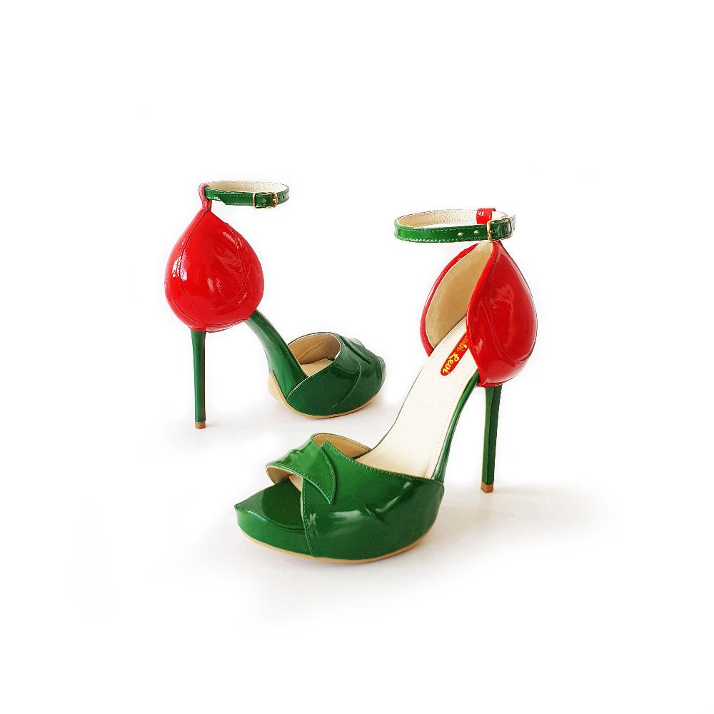 513 24Fashion TV KobiLevi cherry shoe 1623056900 jpg