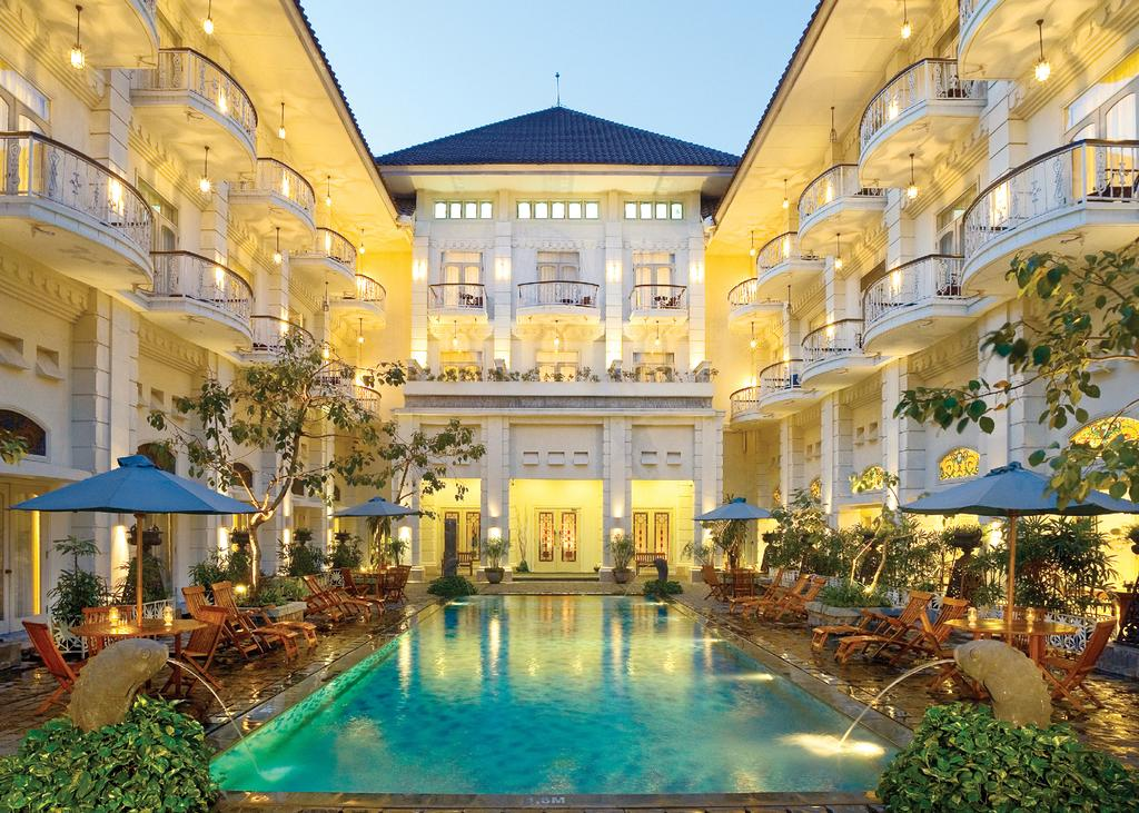 The Phoenix Hotel