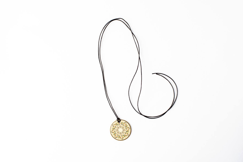 Colar Mandala Prosperidade Mini - Mandalaria