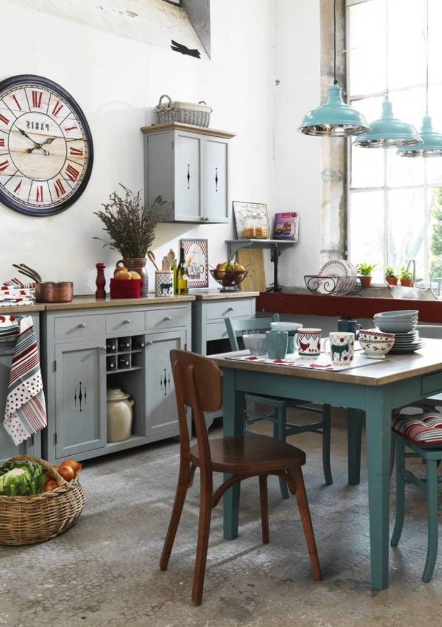 Country Chic Kitchen Decor
