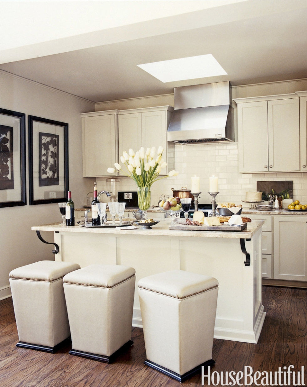 Ideas On Decorating A Small Kitchen
