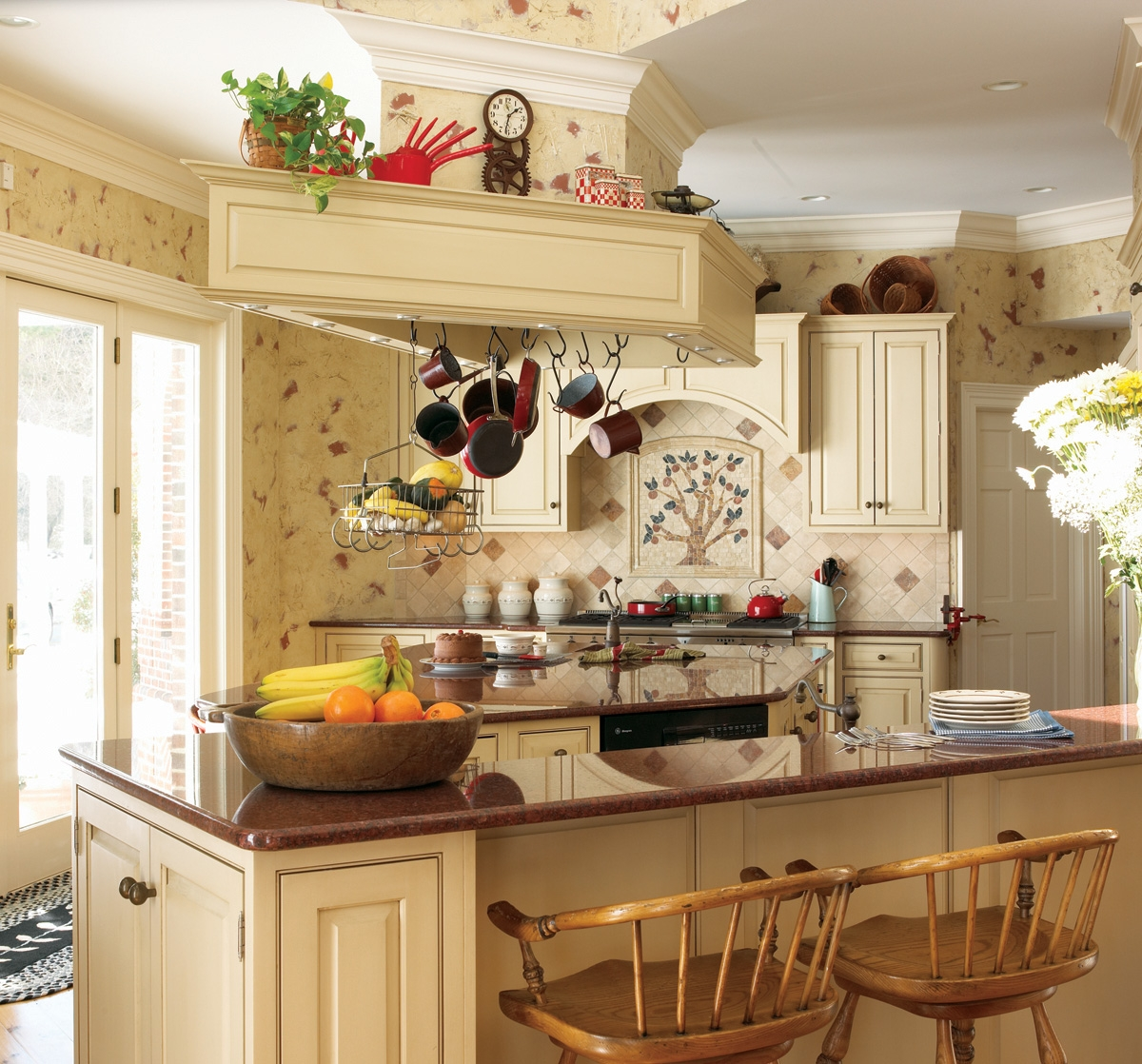 Decorating A French Country Kitchen
