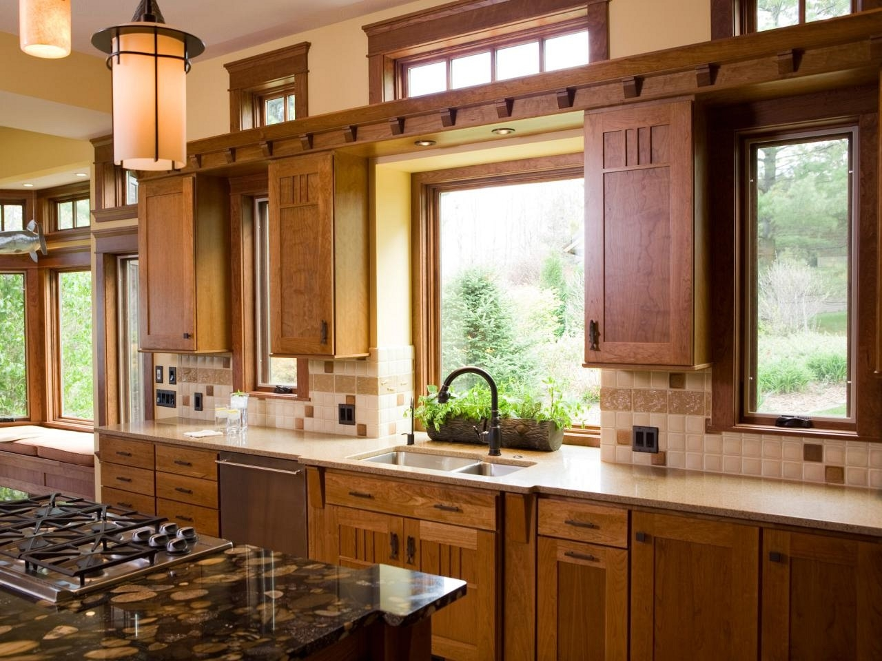 Decorating A Kitchen Without Windows