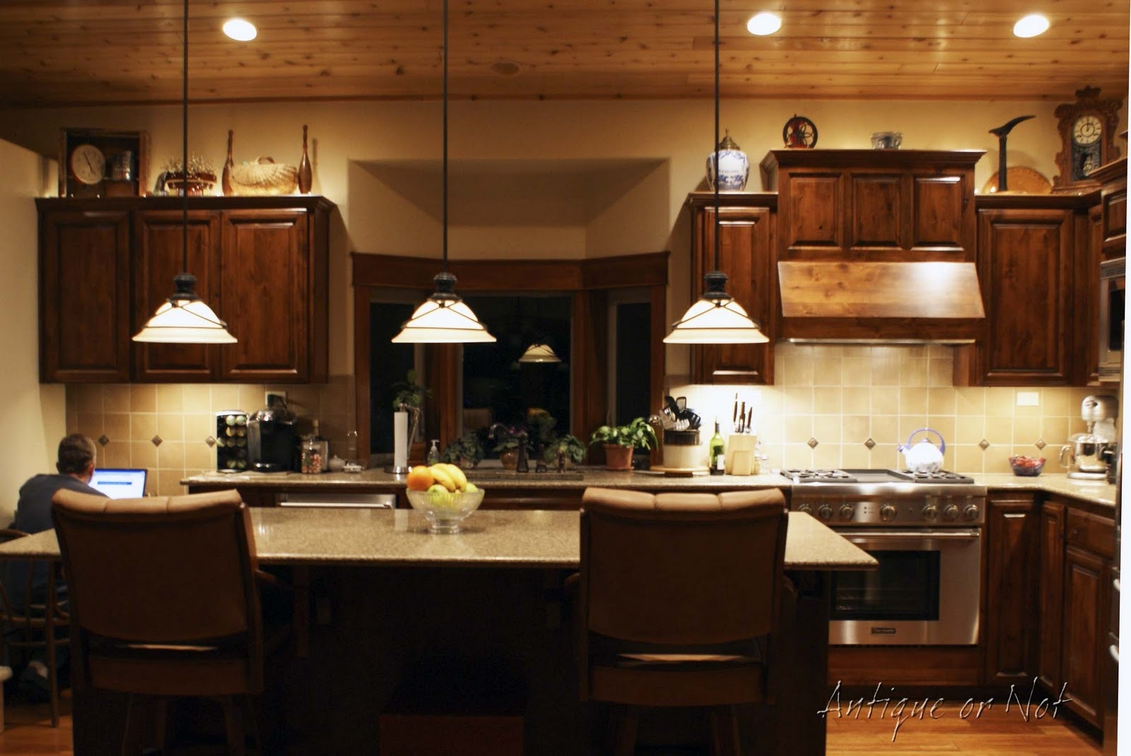 Decorating Top Of Kitchen Cabinets Pictures1600 X 1070