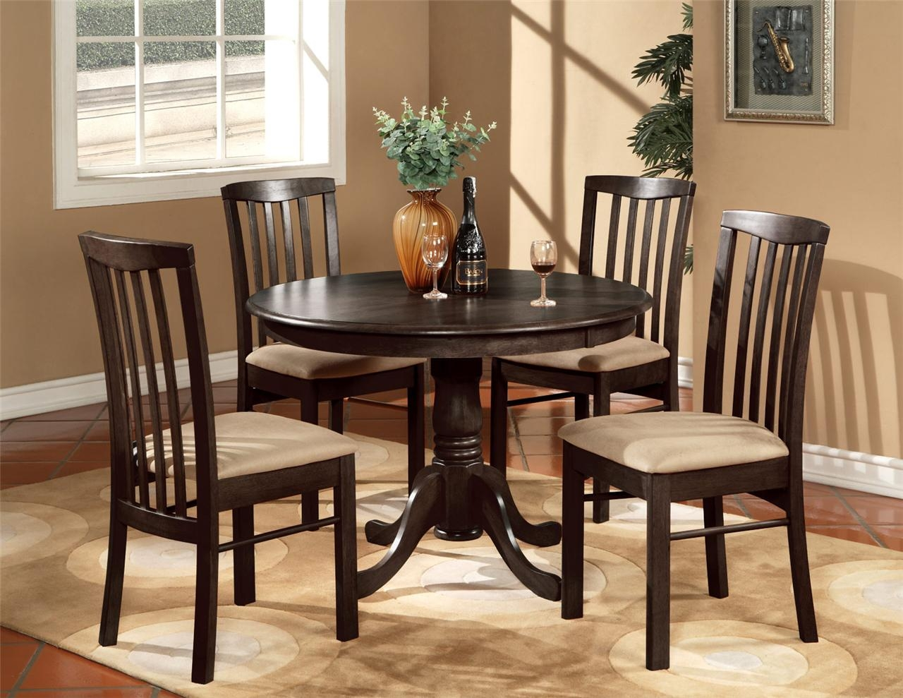 Kitchen Table Chairs Set Of 4
