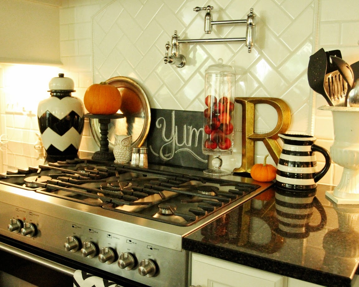 Kitchens Decorated For Fall