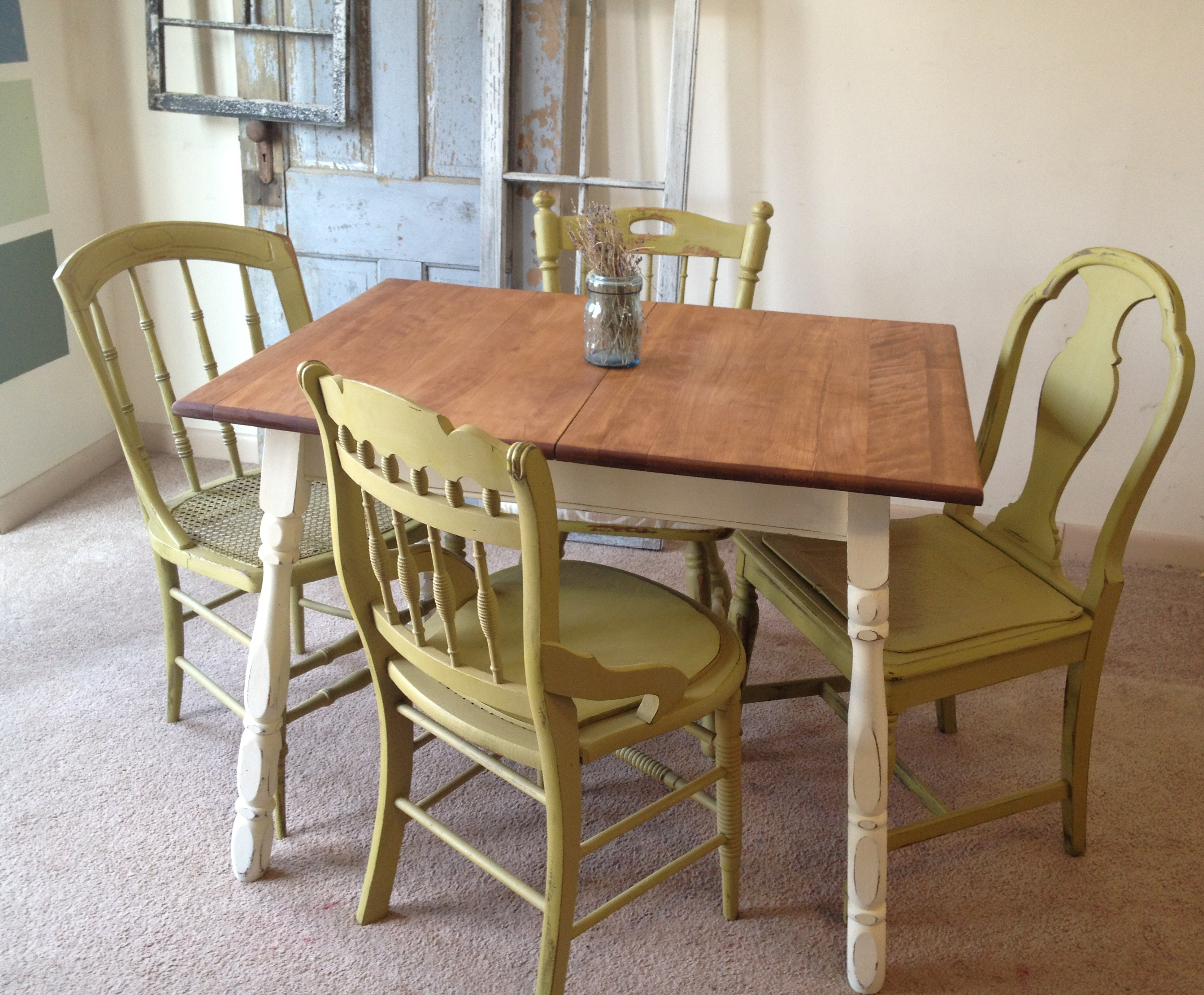 Small Kitchen Table Chairs Set