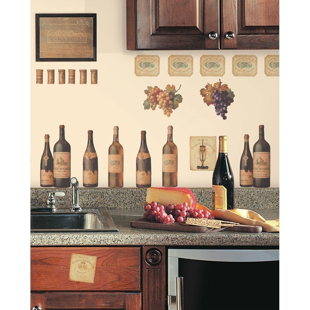 Wine Kitchen Decorating Themes