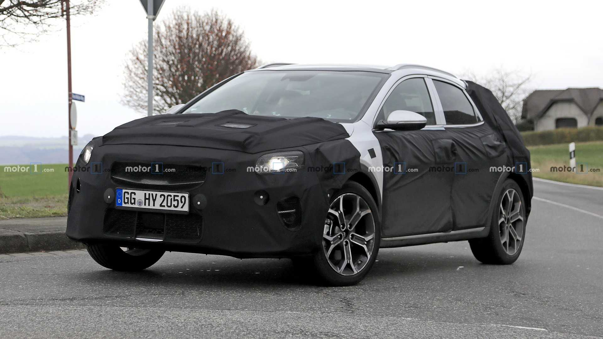 11 All New 2020 KIA SportageSpy Shots Photos