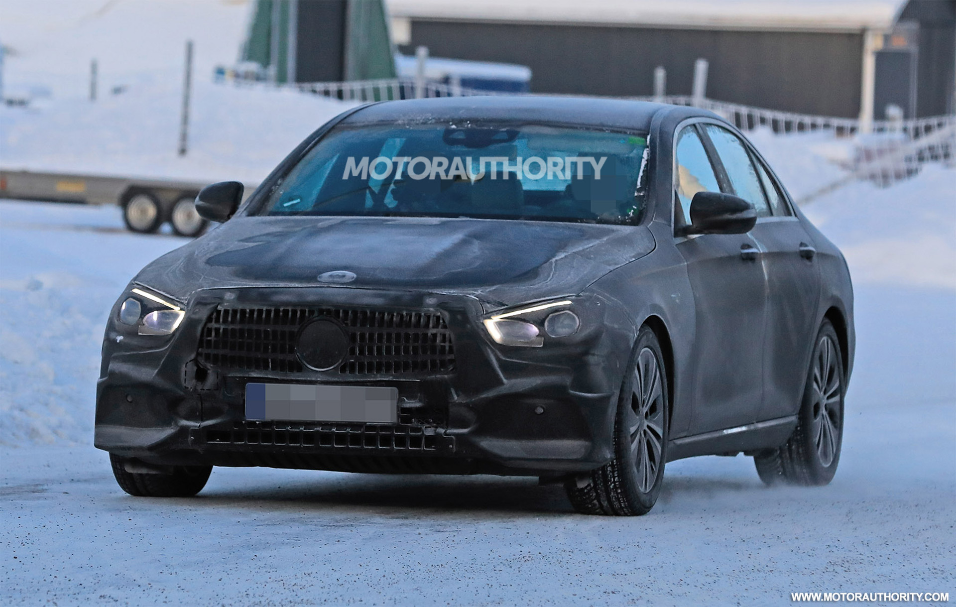 11 The Spy Shots Mercedes E Class Overview