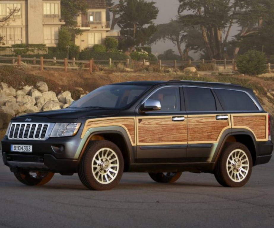 12 A 2020 Jeep Grand Wagoneer Images