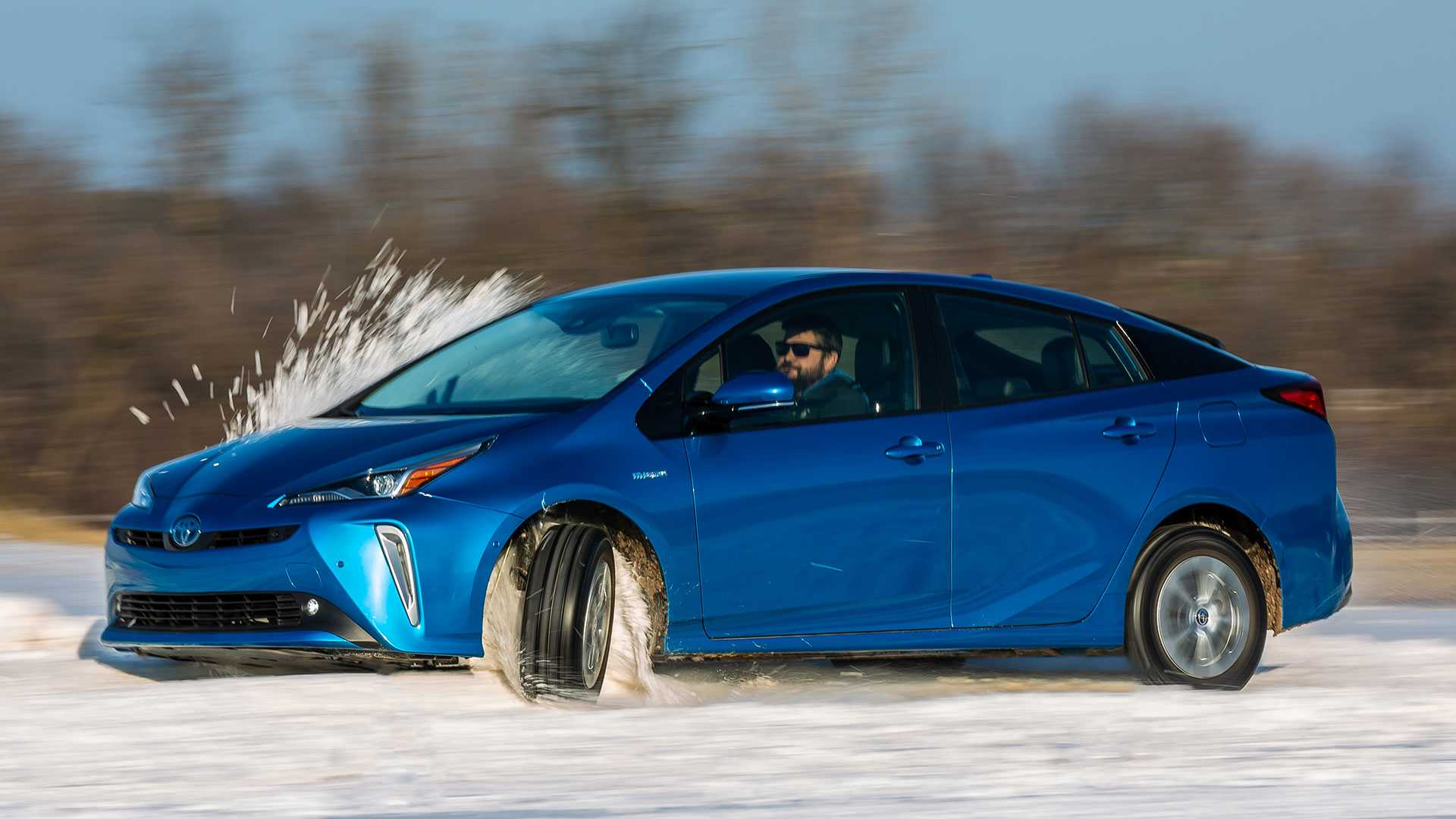 12 Best 2019 Toyota Prius Pictures Exterior and Interior