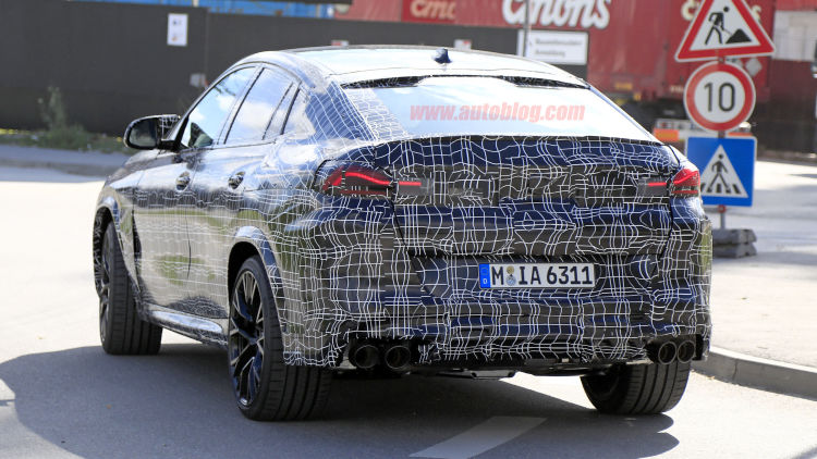 15 A 2020 BMW X6 Ratings