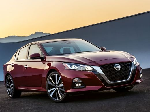 15 A 2020 Nissan Altima Performance and New Engine