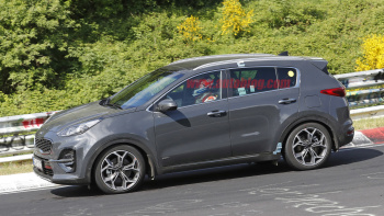 16 A 2020 KIA SportageSpy Shots Research New