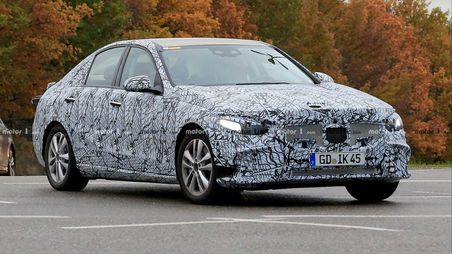 16 A 2020 Mercedes Benz C Class Spy Shoot
