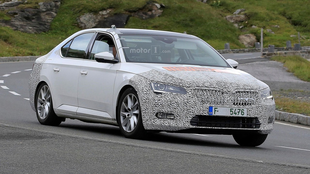 16 A Spy Shots Skoda Superb Price Design and Review