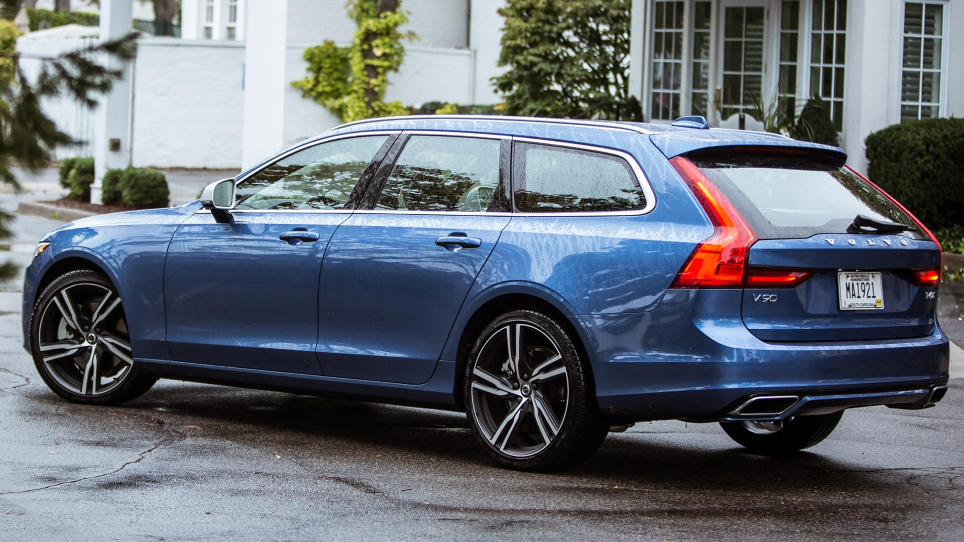 17 The Volvo V90 Review