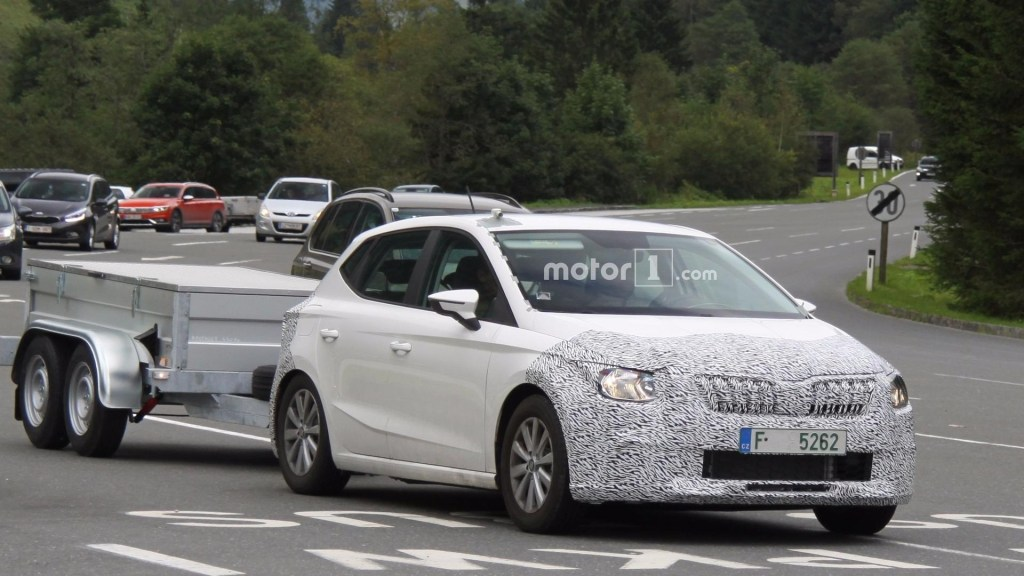18 New Spy Shots Skoda Superb Pictures