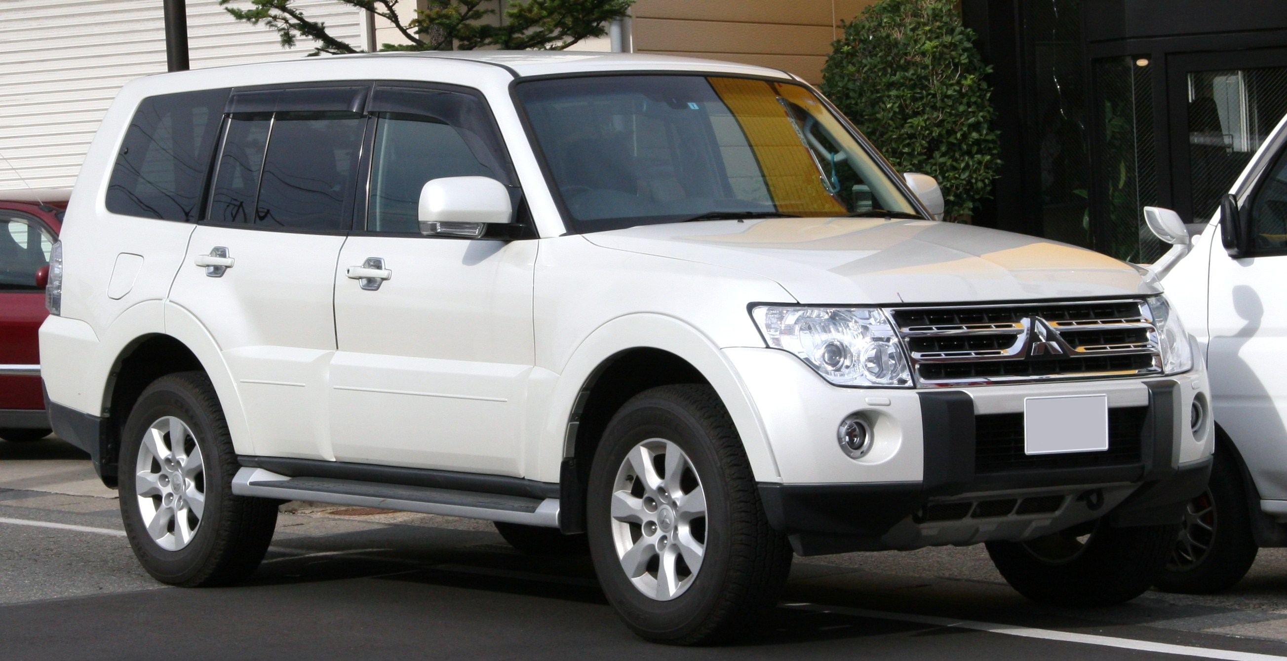 18 The Best Mitsubishi Pajero Performance and New Engine