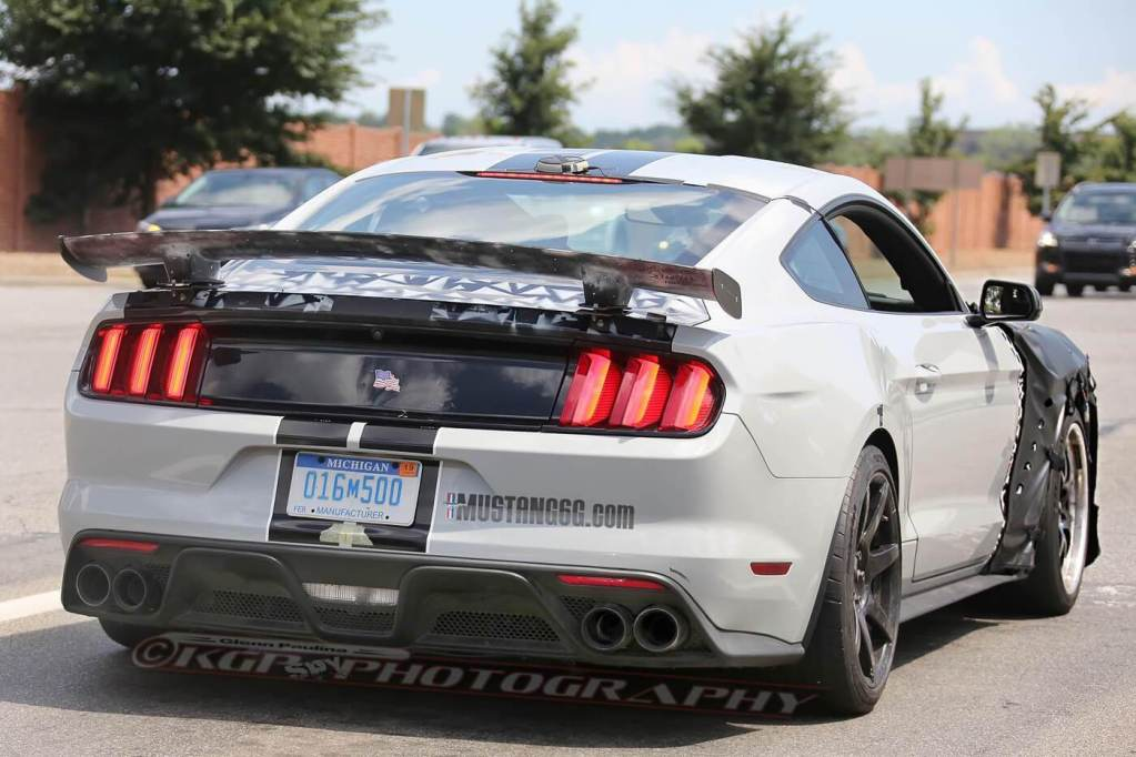 19 New Spy Shots Ford Mustang Svt Gt 500 Engine