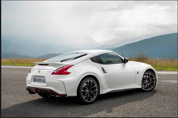 20 A 2019 Nissan Z35 Review Photos
