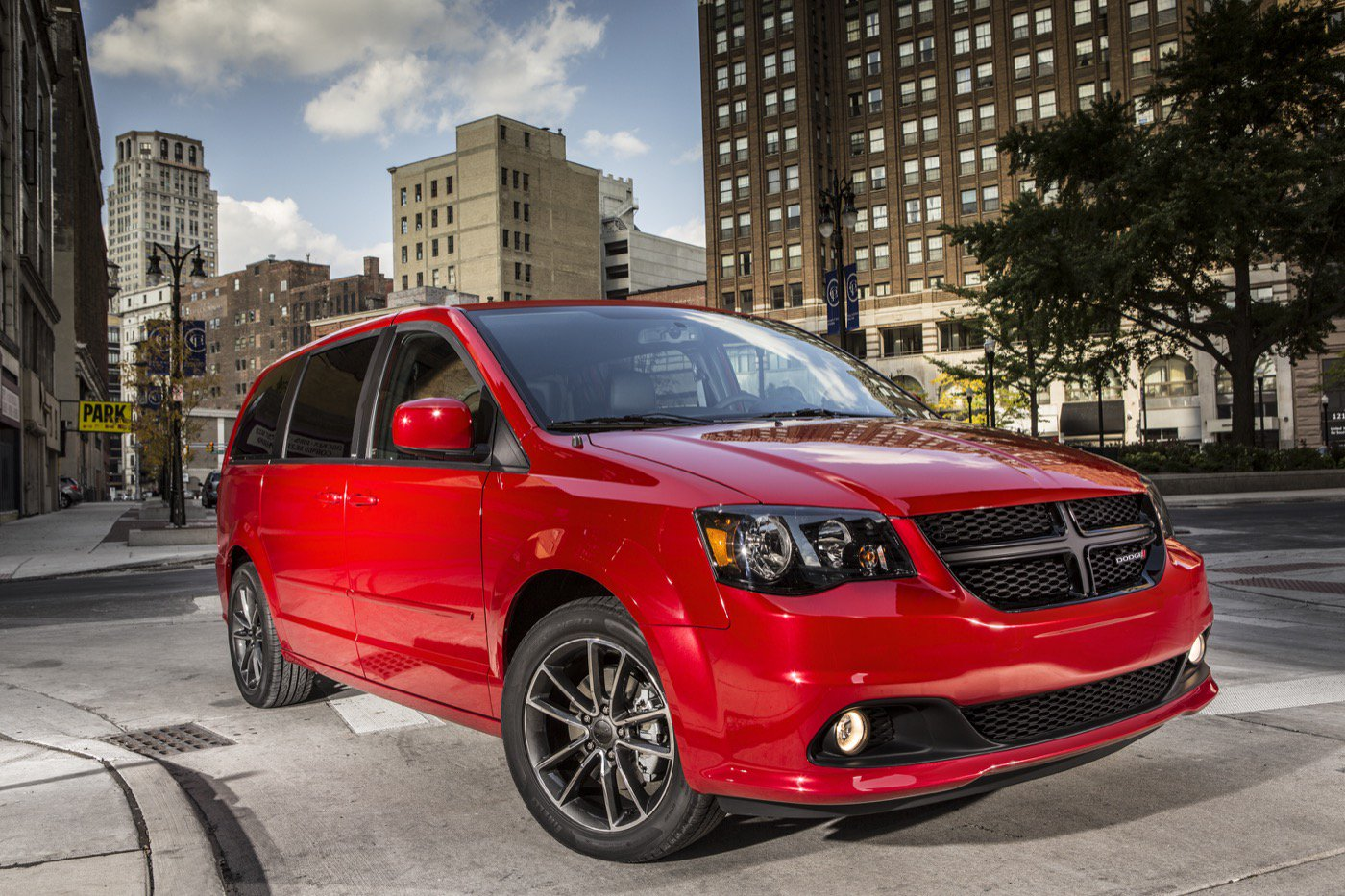 20 A 2020 Dodge Grand Caravan Performance and New Engine