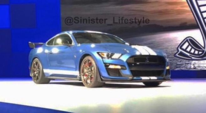 20 A 2020 Mustang Mach Spesification