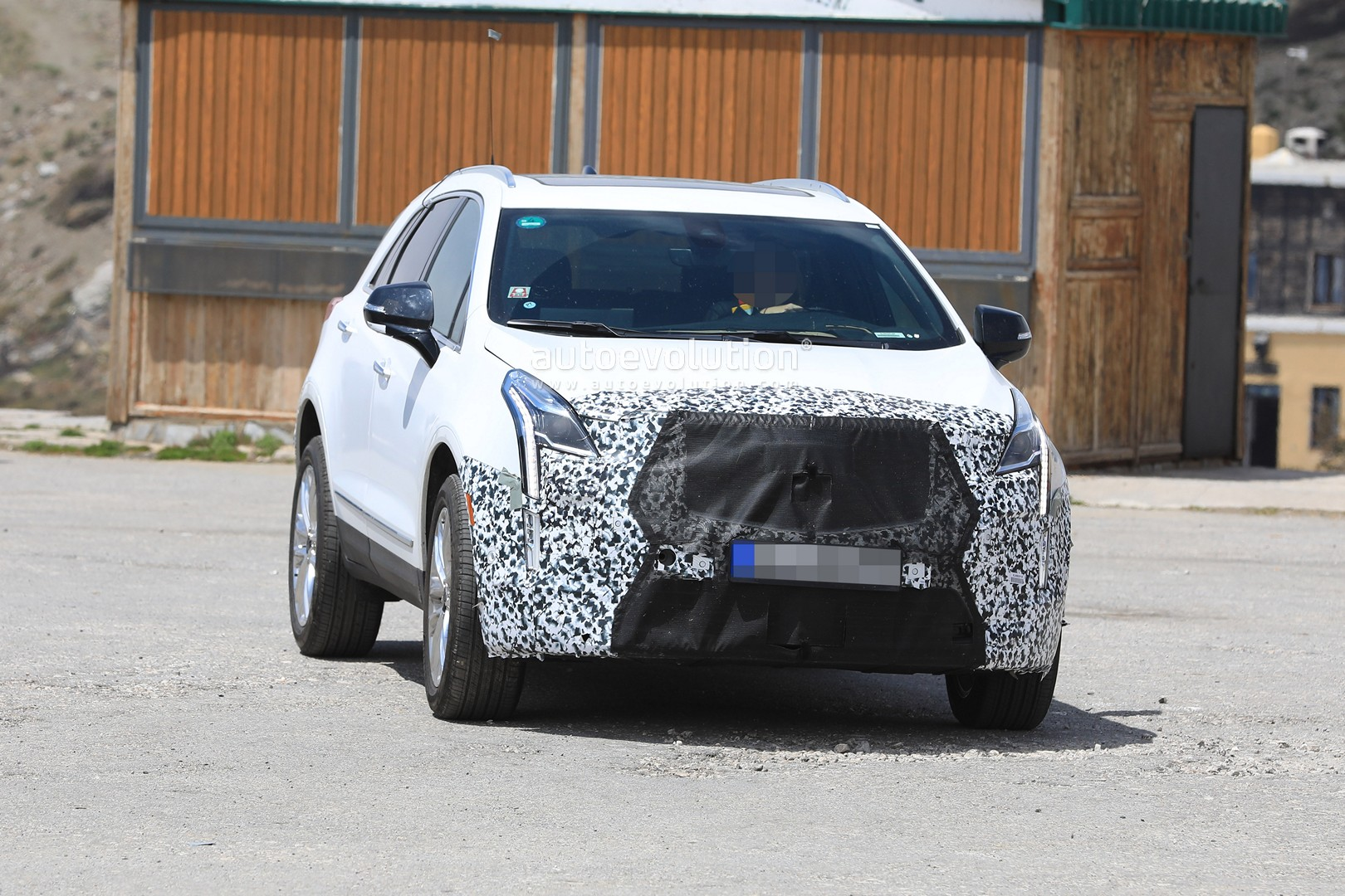 20 The 2020 Spy Shots Cadillac Xt5 Price Design and Review