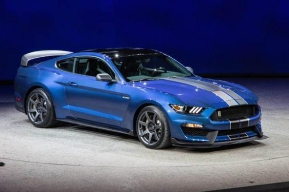 22 The 2019 Mustang Mach Performance