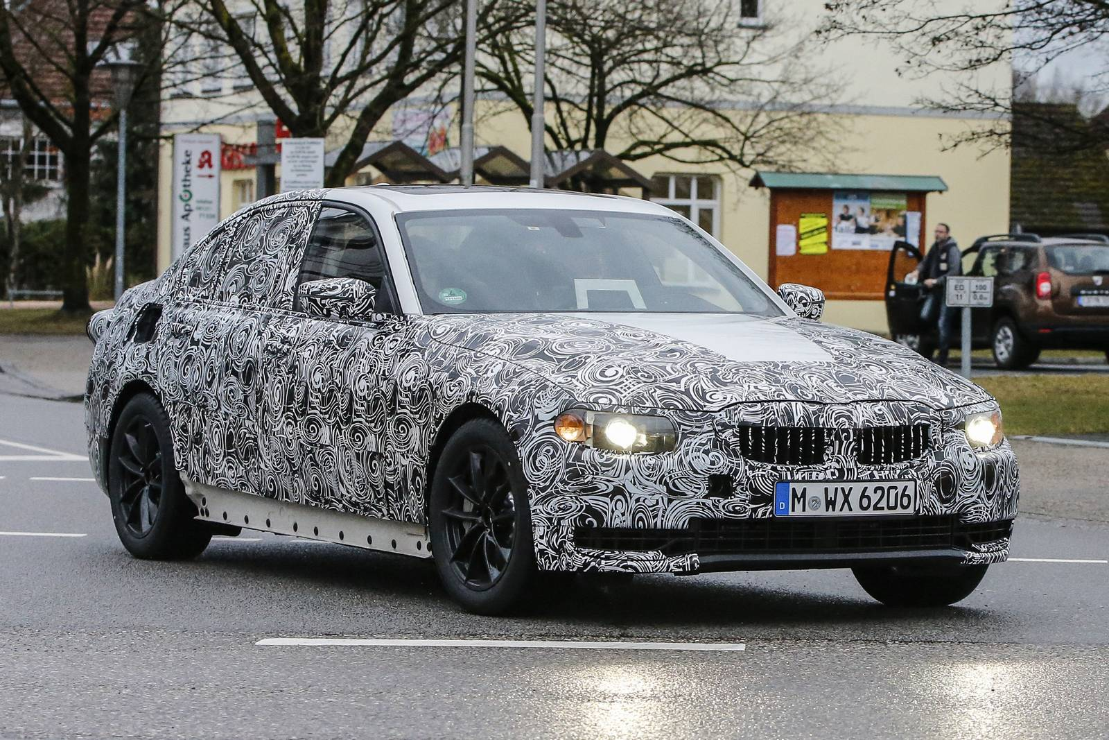 23 A Spy Shots BMW 3 Series Spesification