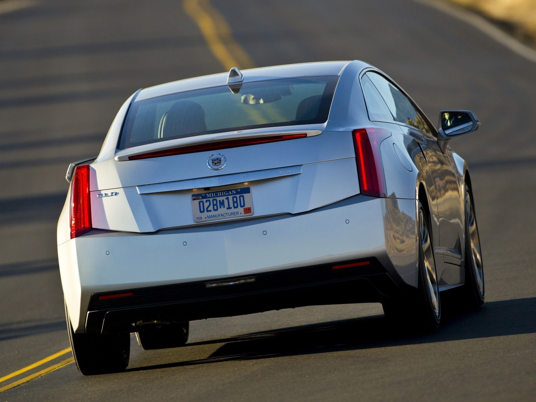 24 All New 2020 Cadillac ELR S Interior