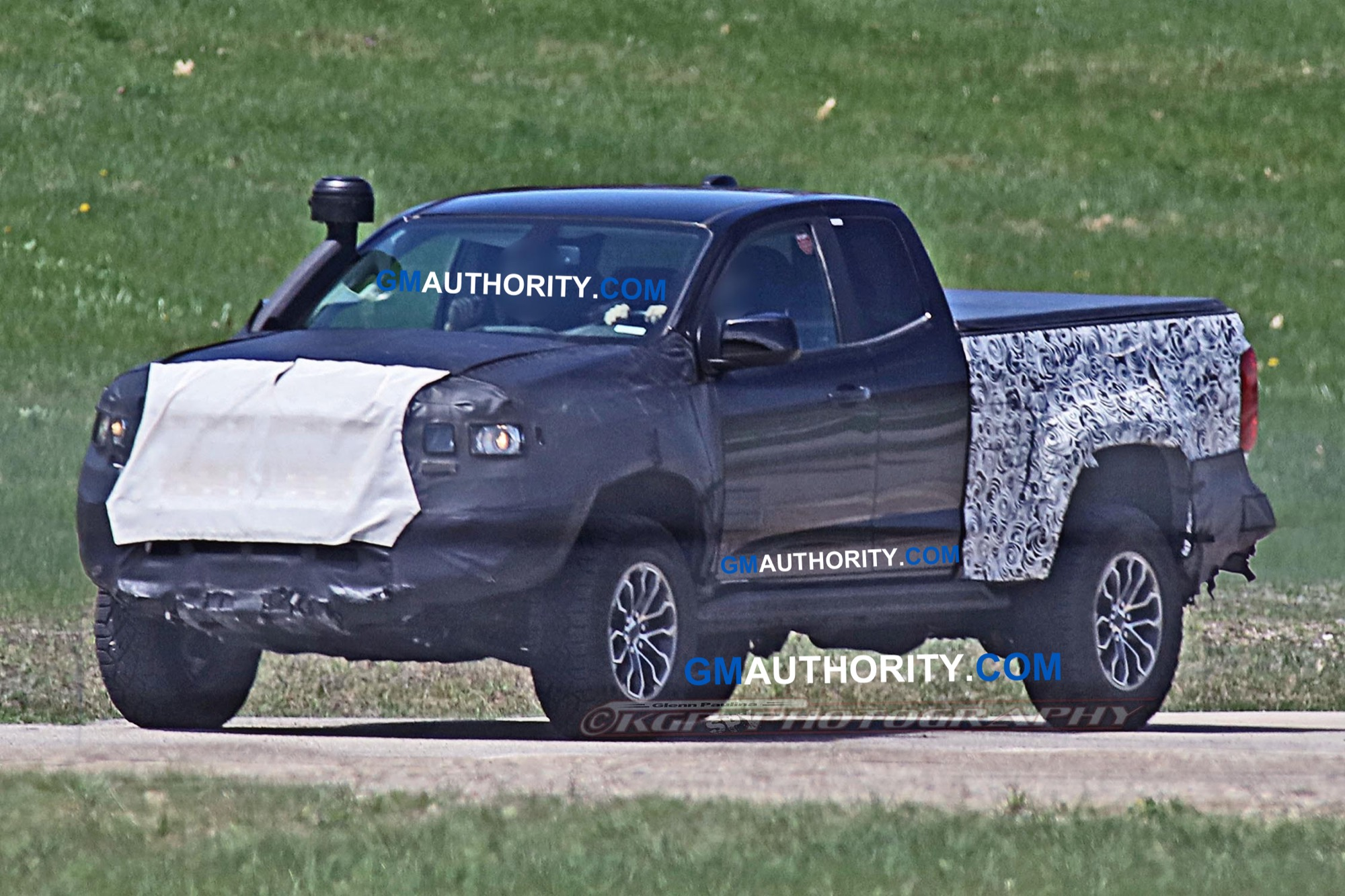 24 All New 2020 Chevrolet Colorado Z72 Spy Shoot