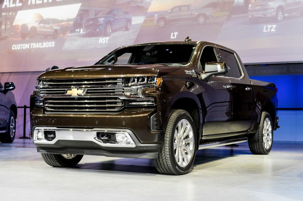 24 All New 2020 Chevy Suburban 2500 Z71 Picture