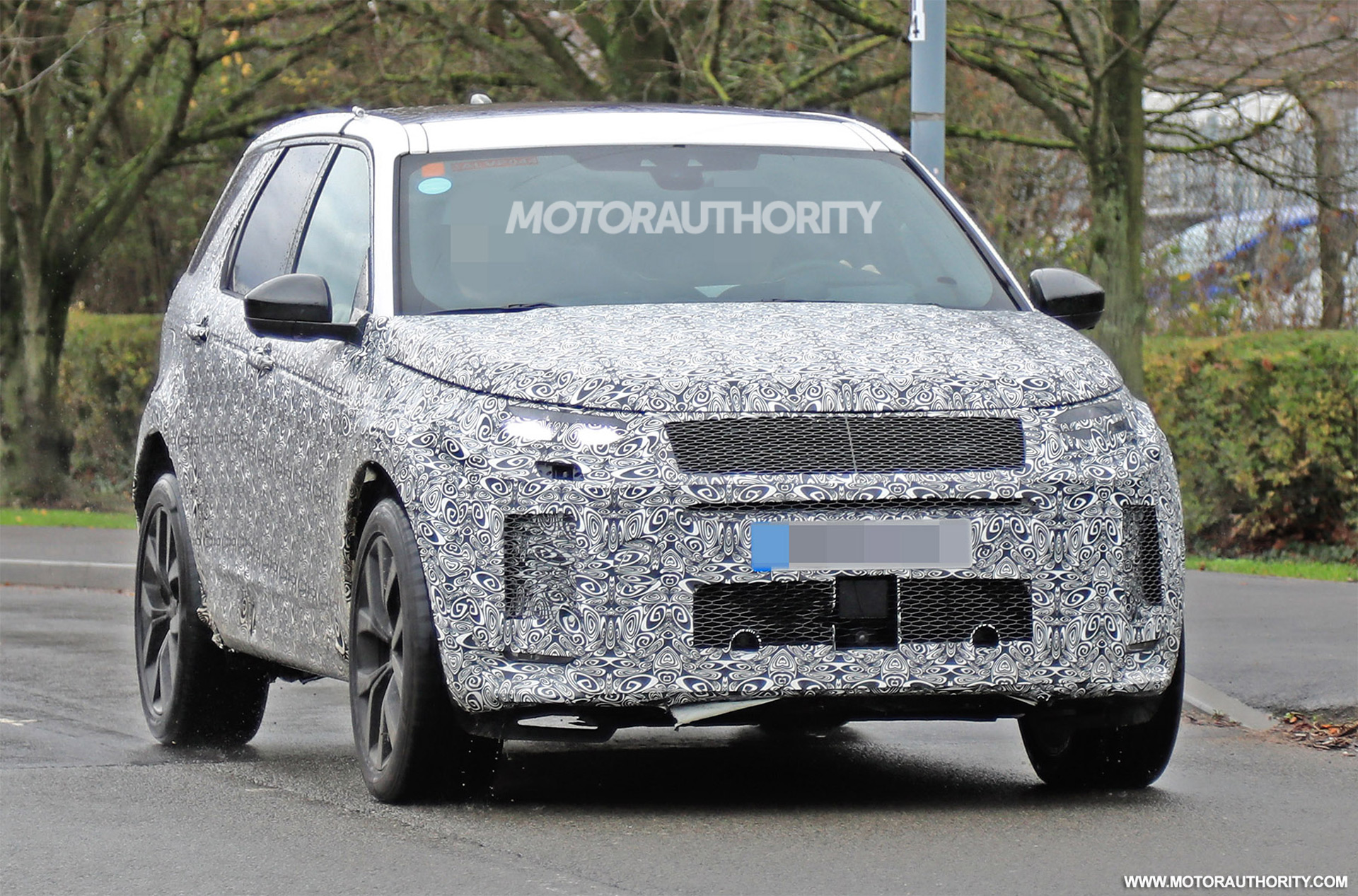 24 The 2020 Land Rover Discovery Spesification
