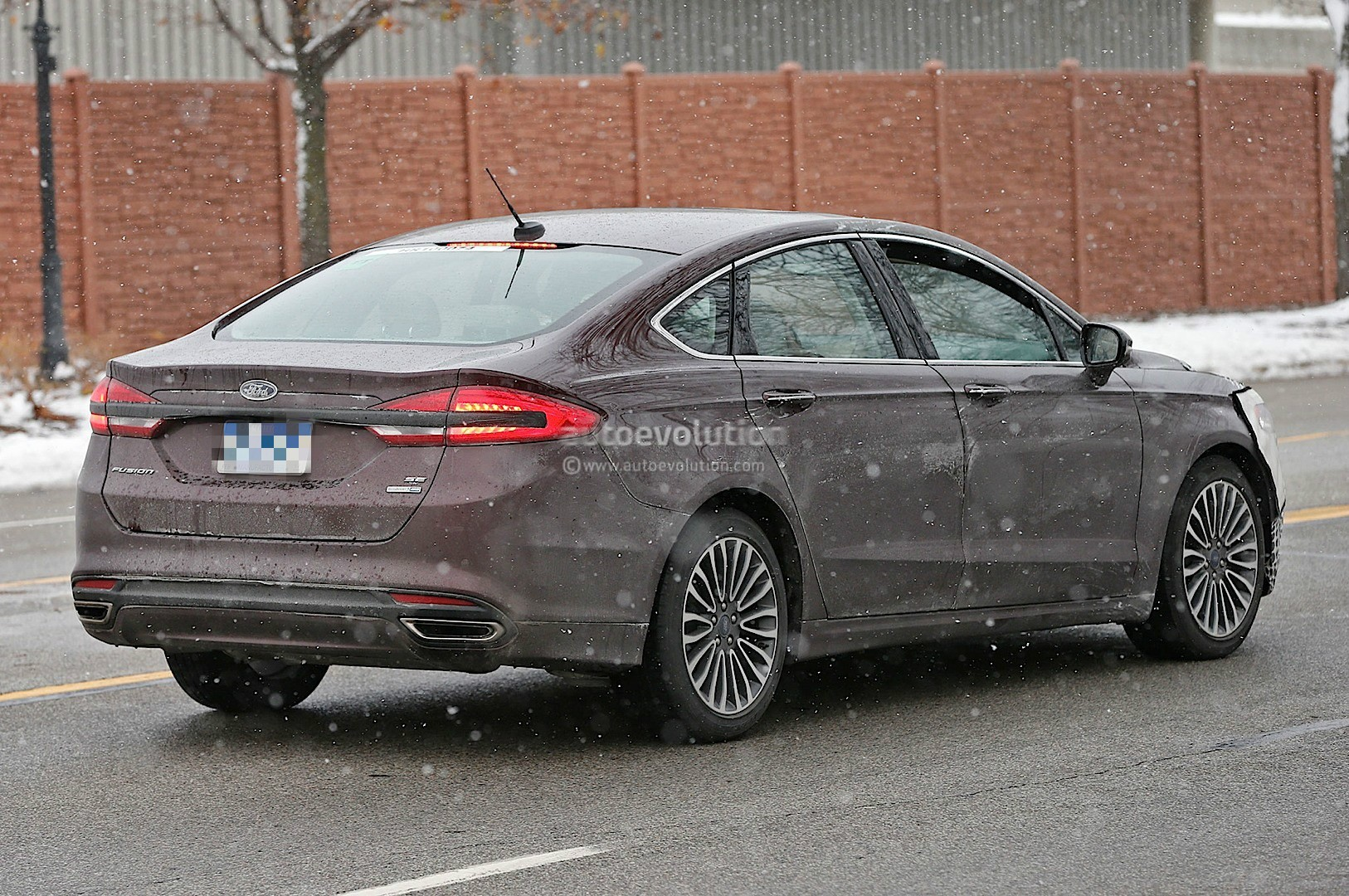 24 The Spy Shots Ford Fusion Release Date and Concept