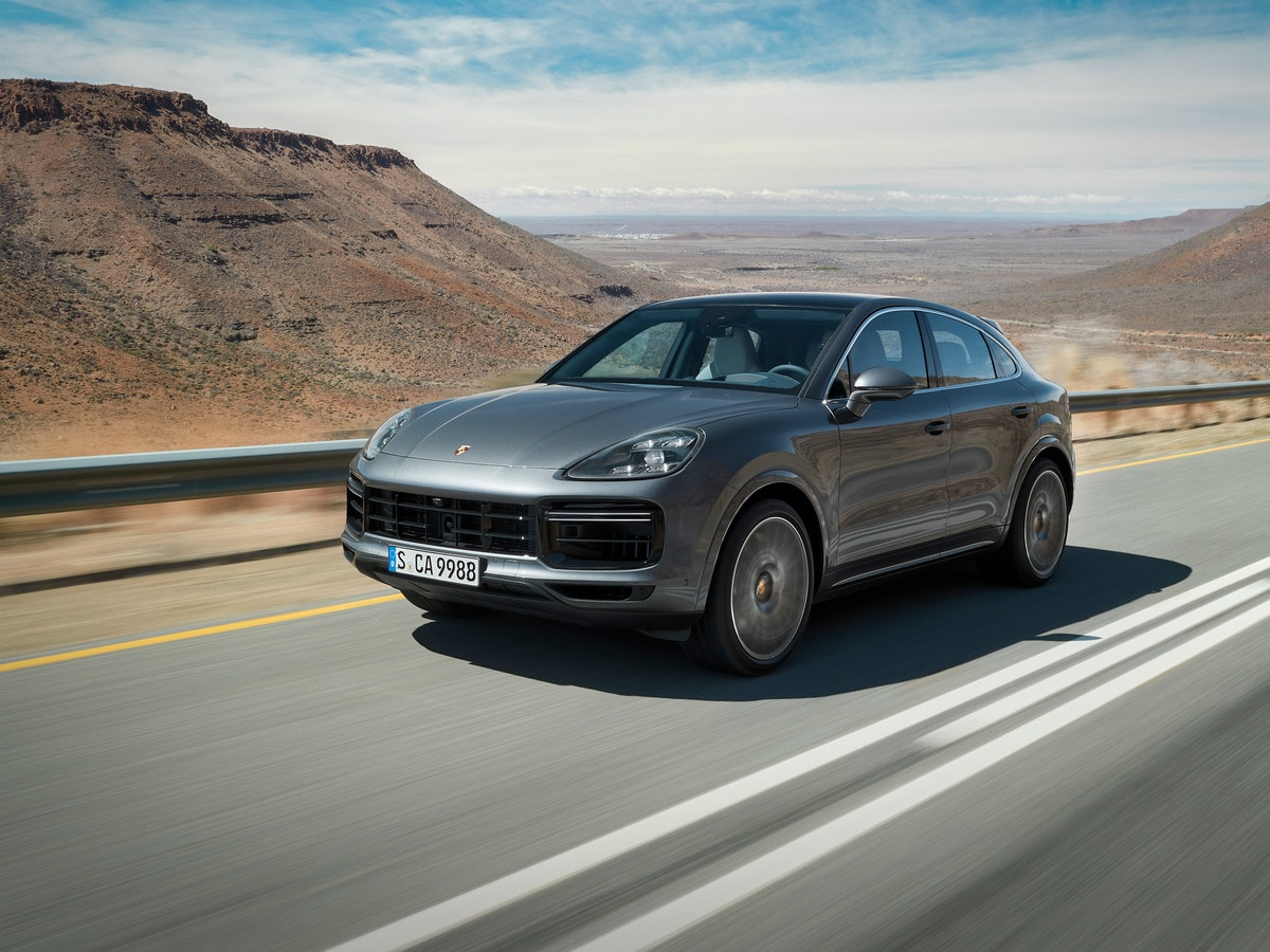 26 All New 2020 Porsche Cayenne Model Wallpaper