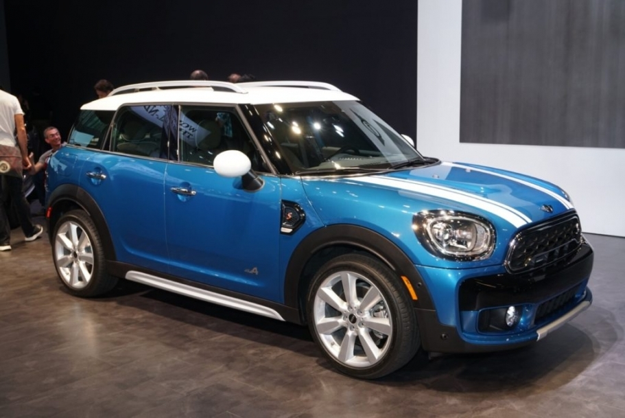 27 A 2020 Mini Cooper Countryman Spesification