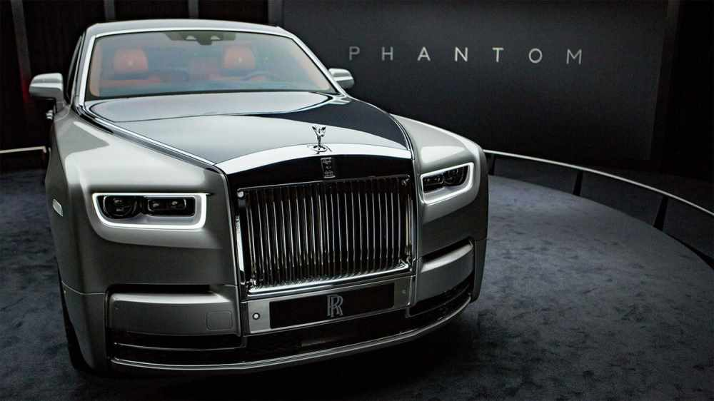 27 The 2020 Rolls Royce Phantoms Pictures