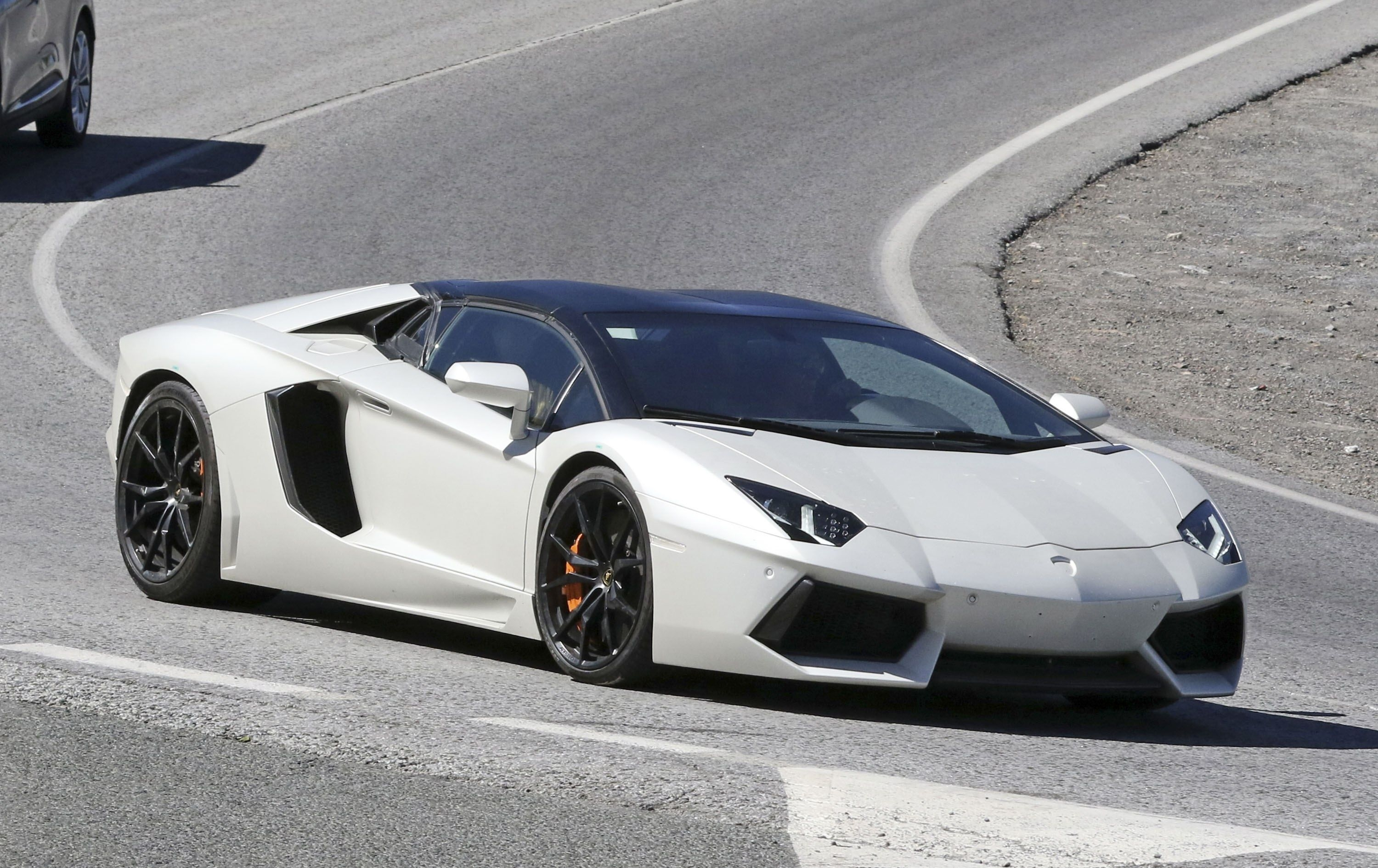 28 A 2019 Lamborghini Ankonian Ratings