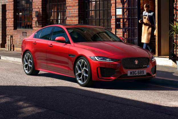 29 The 2020 Jaguar XE Review and Release date