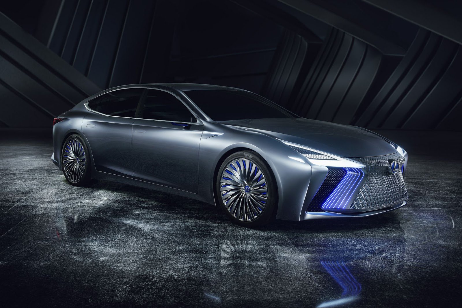 29 The 2020 Lexus LS Model