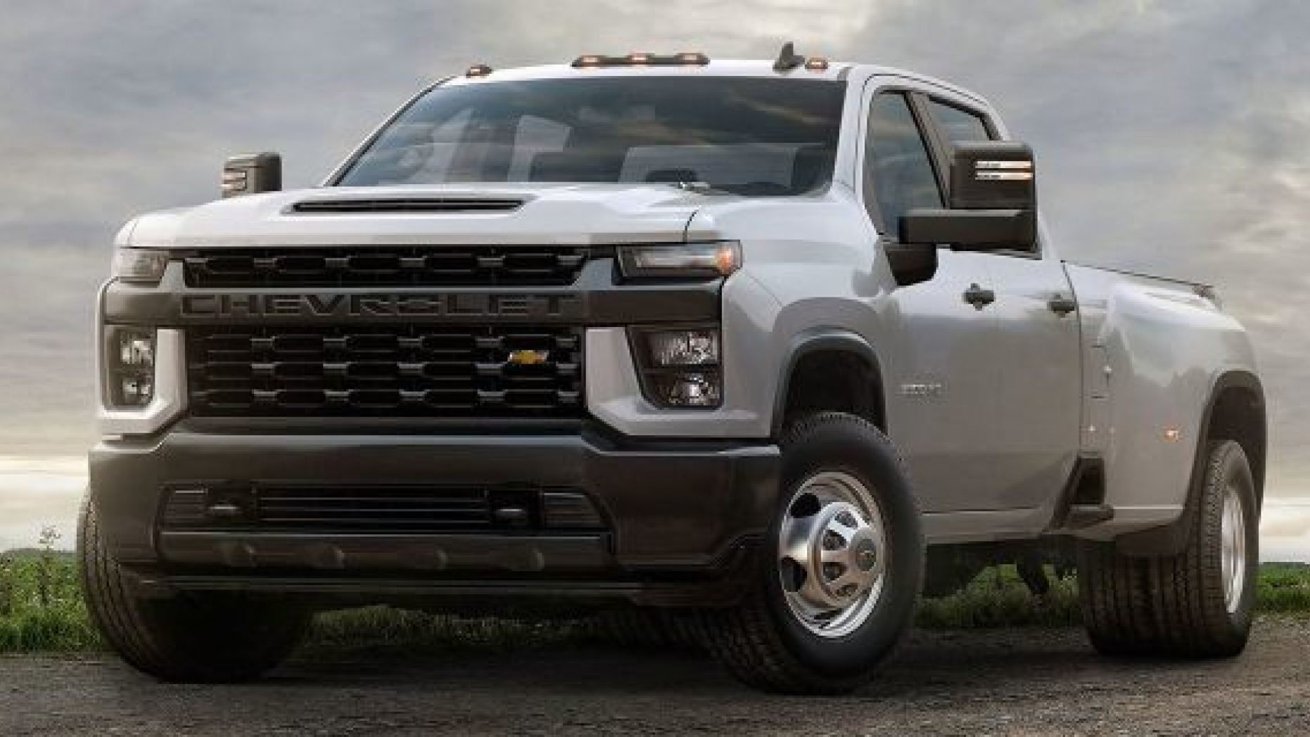 30 A 2020 Chevy 2500Hd Pictures