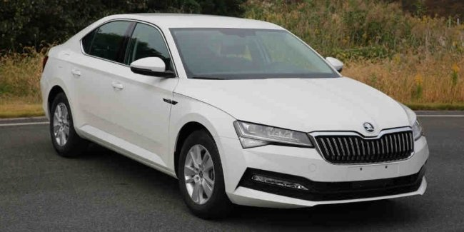 31 A 2020 Skoda Superb Redesign and Concept
