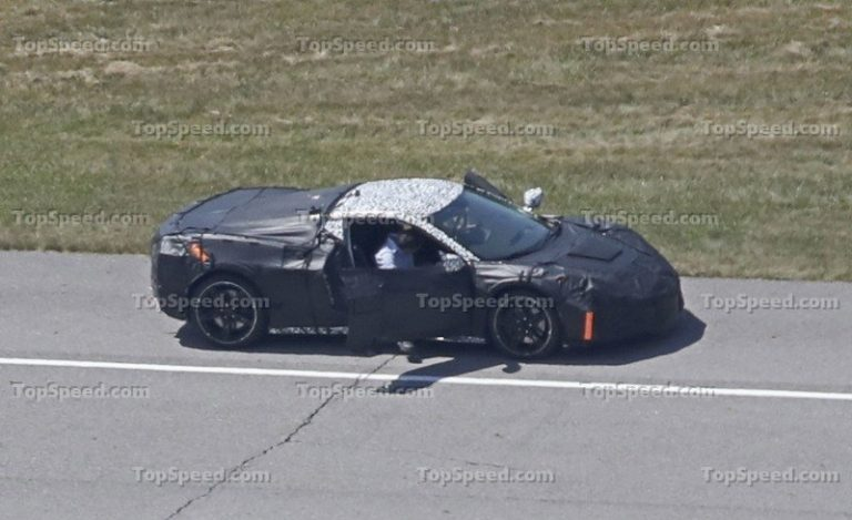 Corvette Top Speed 2020.32 A 2020 Chevy Corvette Zora Zr1 Style Review Cars Review Cars