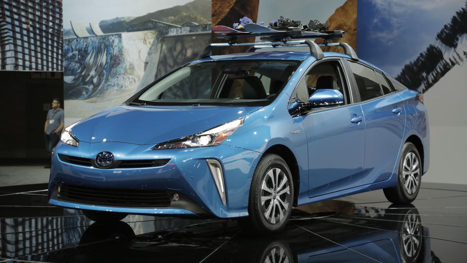 32 All New 2020 Toyota Prius Research New