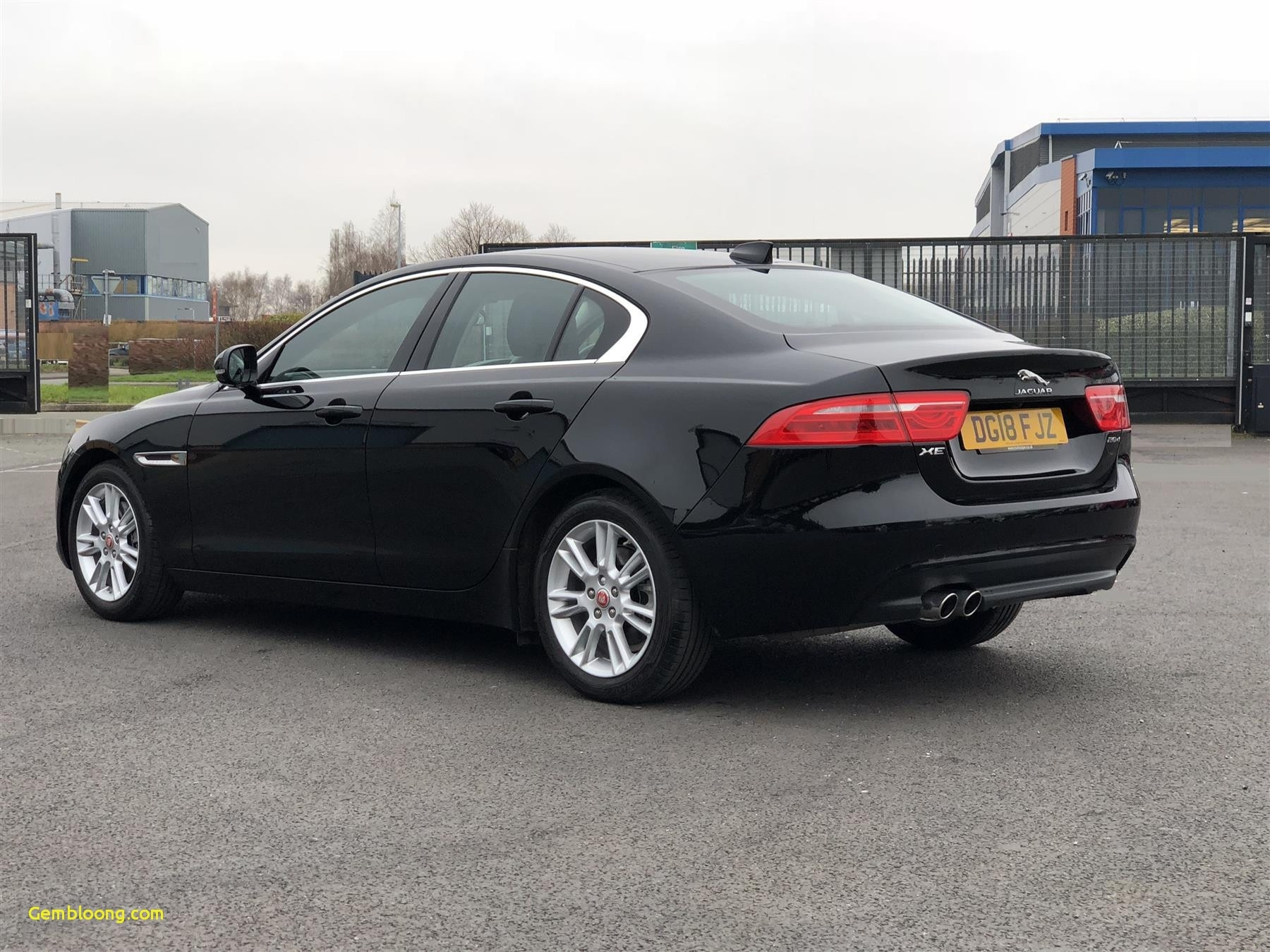 33 A 2020 Jaguar Xf Rs Model